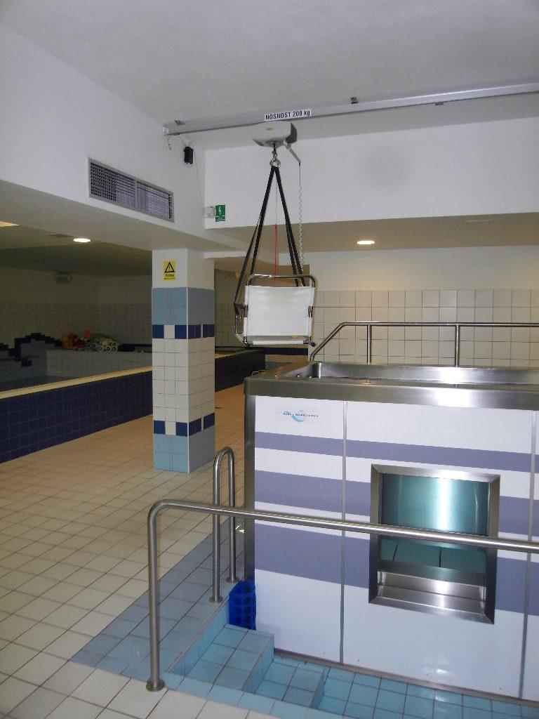 Ceiling Hoist System Altech